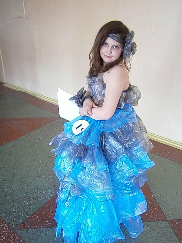 Платье своими руками из пластиковых пакетов 50